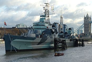 English: HMS Belfast (C35), London, England. H...