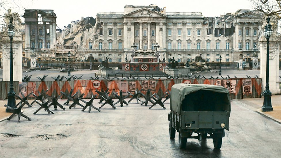 The bombed-out ruins of Buckingham Palace as depicted in SS-GB. Image © Sid Gentle Films Ltd.